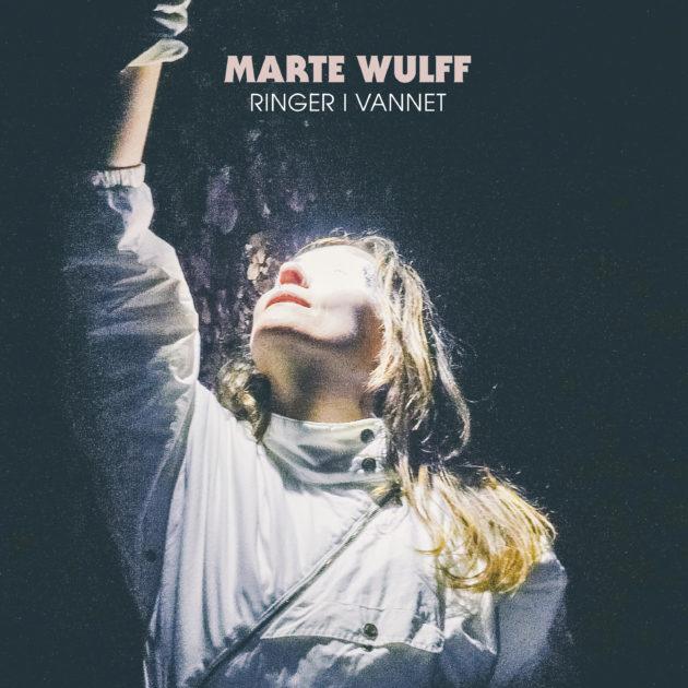 Marte Wulff - Ringer i vannet